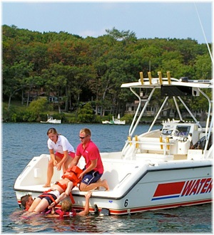 Water Safety Patrol - Dummy dragged onto boat